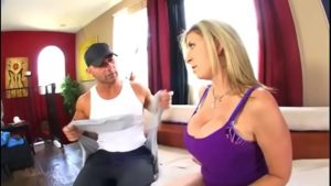 Samba Pormo Com professor de yoga metendo pica na aluna gostosa