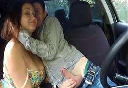 Taxista Safado Comendo Passageira que queria pagar com XereCard !!!